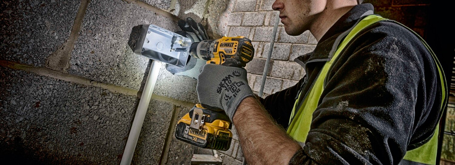Compact hammer drill driving